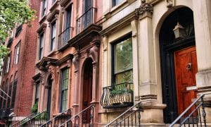 Manhattan Apartment Sales Fell 84 Pct In May
