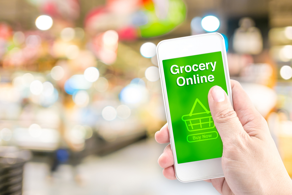 online grocery on smartphone