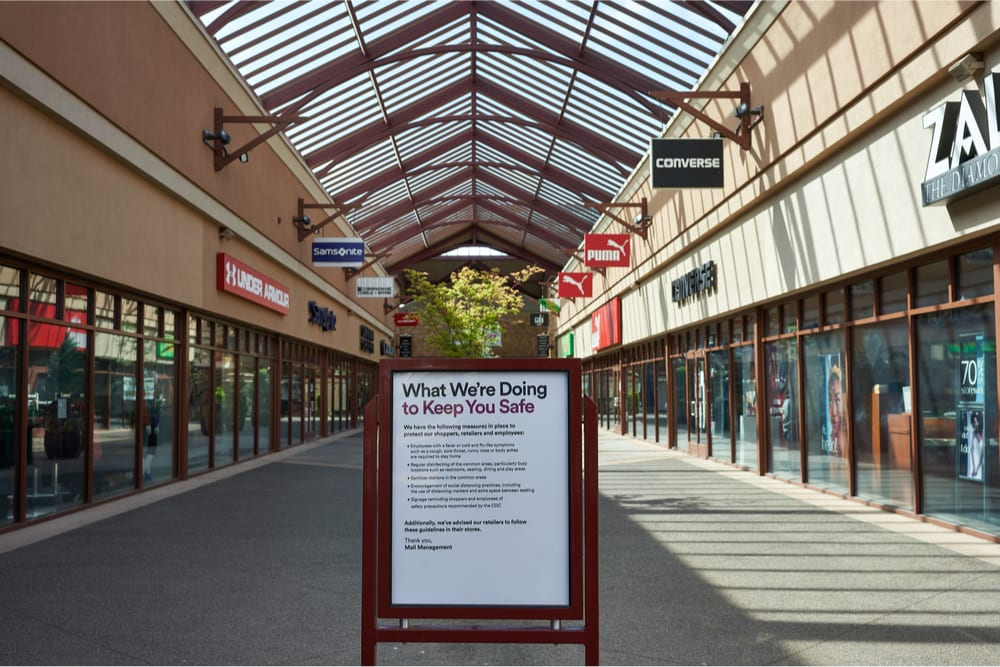 mall pandemic safety sign
