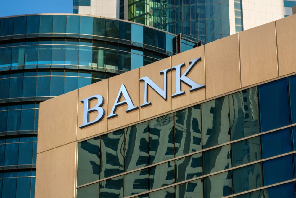 UK's Starling Bank Seeks BCR Grants To Build New SMB Offerings