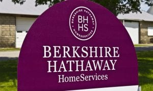 Berkshire Dumps US Bank Stocks, Adds Mining Co