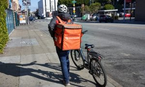 DoorDash Dives Into Grocery Delivery Business