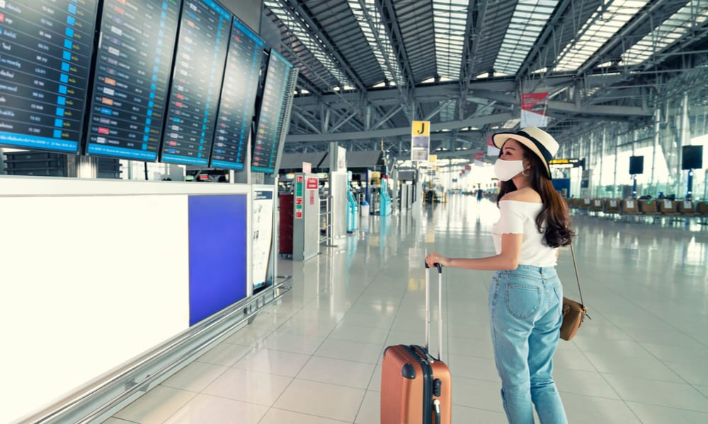 Airlines Woo Leisure Travelers To Fill Seats