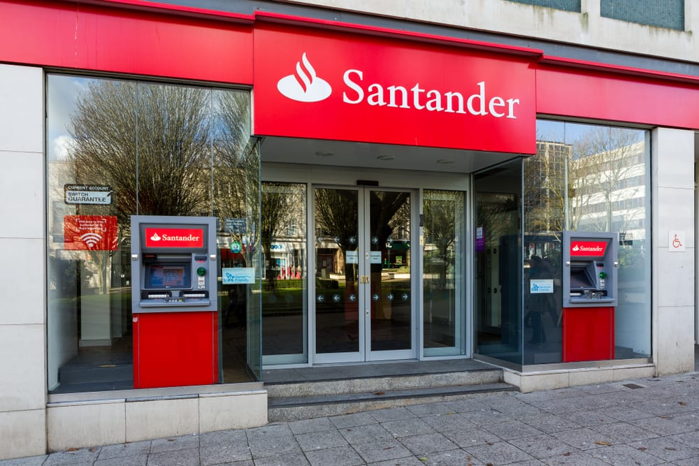Santander Expands, Spins Off FinTech VC Fund