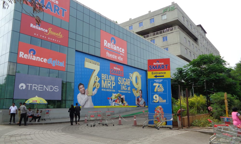 India's Reliance Offers $20B Stake To Amazon