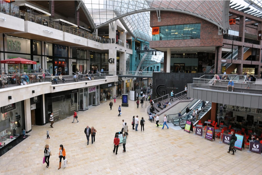 UK Retail Sales Volumes Climbed 1.5 Pct In September