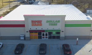 Dollar Tree Christmas Hours 2021 Dollar Tree To Ramp Up Combo Stores Locations Pymnts Com