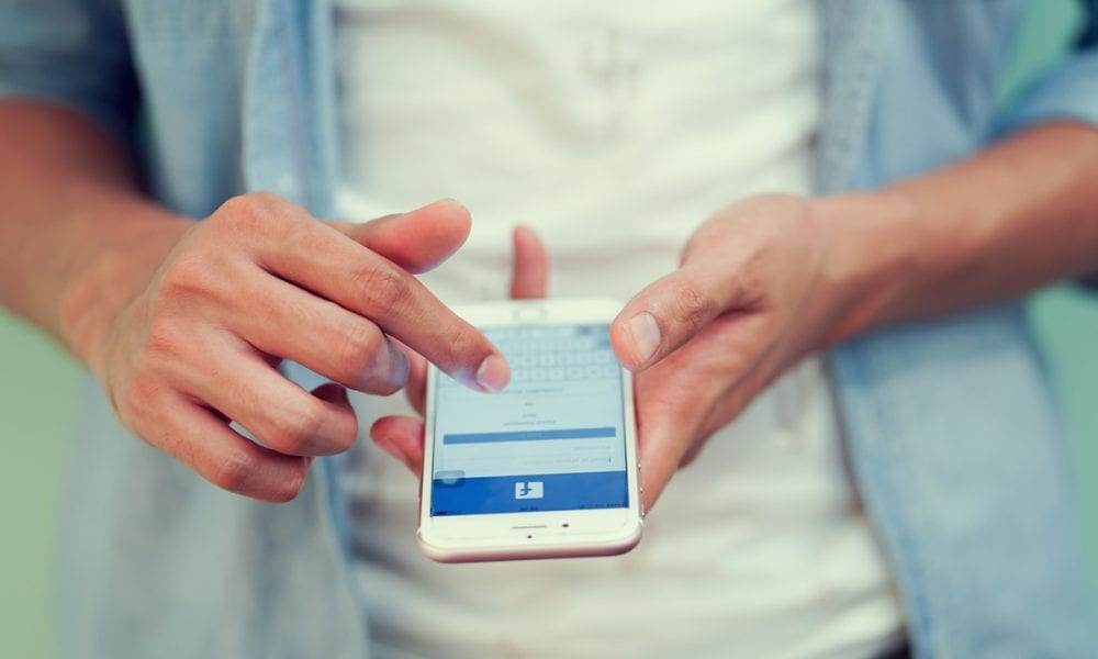 Facebook Testing Business News Feed Features