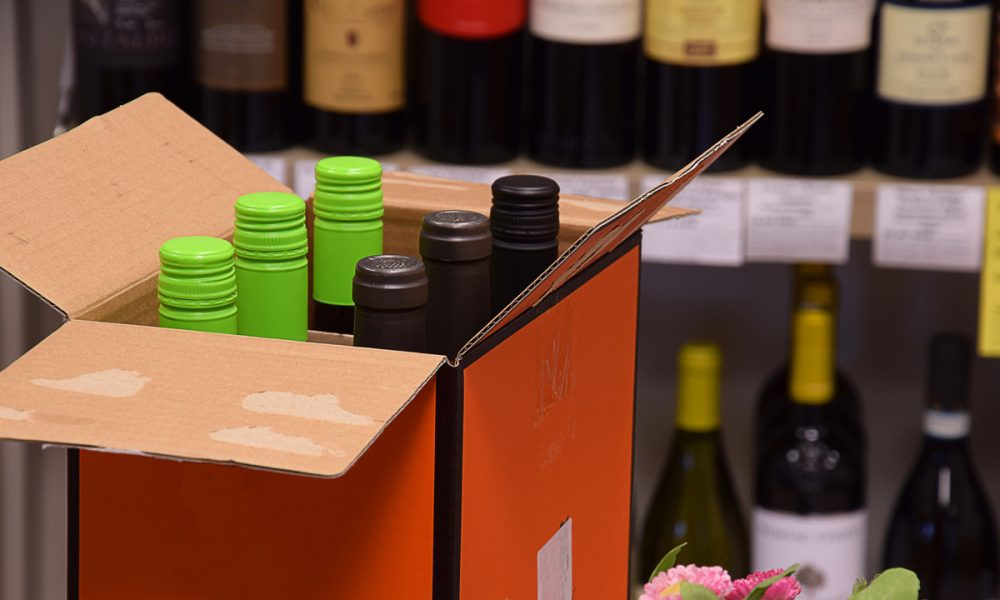 The Bring-It-to-Me Economy Comes for Alcoholic BeverageswithDoorDash, Uber